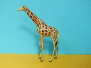 BRITAINS VINTAGE 1933 LEAD ZOO SERIES No.961 YOUNG GIRAFFE