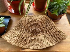 Summer Woven Straw Rattan Bucket Hat Holiday Sun Hat Ladies Vintage Style 70s