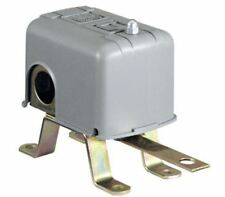Square D 9036DG2R Float Pressure Switch With Reverse Lever