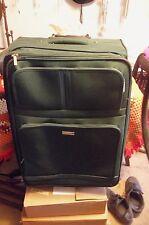"Claiborne Metropolitan - GREEN 28"" Expandable Rolling Suitcase  WITH HANDLE"