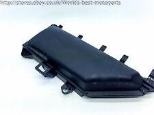 BMW E60 530d (1A) 5 SERIES RHD RIGHT SIDE AIR FILTER BOX UPPER PART 6950936