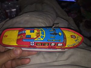 1950s J.Chein 9 inch Vintage tin lithograph wind up boat Mark 1