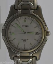 CITIZEN Herrenuhr / Quartz / Titan