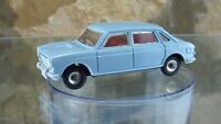 CLASSIC VINTAGE DINKY No 171 AUSTIN 1800 in Light Blue.
