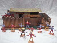 Fortino  in legno anni 70° Con Soldatini Cherilea Cowboys