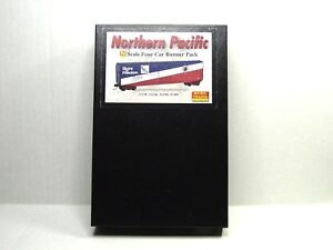 MICRO-TRAINS LINE FOUR CAR RUNNER PACK 50' BOX CAR NORTHERN PACIFIC 99300106
