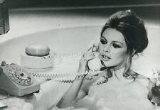 SEXY BRIGITTE BARDOT L'OURS ET LA POUPEE  1970 VINTAGE PHOTO #1