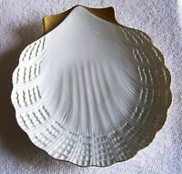"LIMOGES 7"" PORCELAIN  SEASHELL CANDY DISH WITH GOLD TRIM  FROM FRANCE,NICE GIFT"