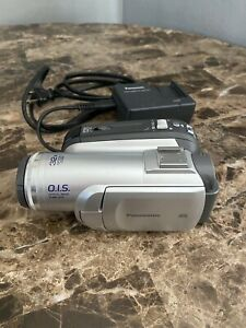 Panasonic PV-GS83 Mini-DV Video Camera with Battery and Charger
