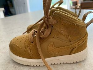 Nike Air Jordan shoes size 5C golden brown Suede ankle height EC white soles
