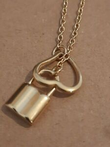 BNIB GOLD TONE UNUSUAL DESIGN  PADLOCK & OPEN HEART NECKLACE