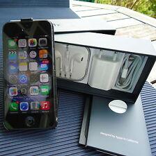 Iphone 5 Complet Boîte & Accessoires Tous Opérateurs Superbe Etat & Housse Luxe