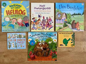 Llyfrau Cymraeg Dwyieithog i Blant / Bilingual Welsh Books For Children