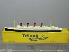 "VINTAGE TRI-ANG MINIC SHIPS MODEL No.M705 RMS ""AQUITANNIA ""  VN MIB"