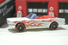 Hot Wheels '65 Ford Mustang Convertible - White - Loose - 1:64