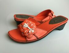 NIB Soft Style Paradise Bay Slide Sandals, Orange, Size 7.5 M US