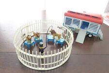 3514 Zirkus-Käfigwagen und 3517 Löwen Dressur mit Dompteur