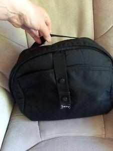 Quinny Buzz Storage Bag - Changing Bag - Clip On - Black