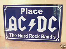 plaque de rue objet collector place  AC DC  Hard Rock  Angus Young  / Bon Scott