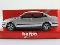 Herpa 032209 VW Passat Limousine (1996-2000) in silbermetallic 1:87/H0 NEU/OVP