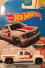 Hot Wheels 2015 Chevy Silverado Diecast metal truck toy scale 1/64 Mattel 3+.