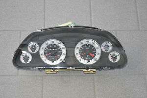 Maserati 4200 Coupe Instrument Cluster Tachometer Speedometer Km/H 195980