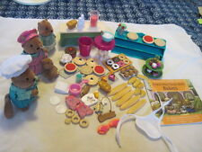 Li'L WOODZEEZ Tickle-Your-Taste-Buds Bakers Play Set with Squirrel Family & Book