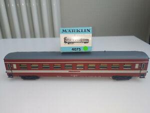 Märklin H0 4075 D-Zug-Wagen CAPITOLE der SNCF, neuwertig (1)