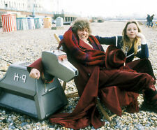 Tom Baker, Lalla Ward and John Leeson UNSIGNED photo - H2501 - Doctor Who