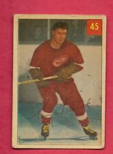 1954-55 PARKHURST # 45 WINGS TONY LESWICK LUCKY CARD