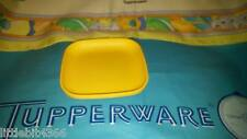 VINTAGE TUPPERWARE YELLOW REPLACEMENT SQUARE MINI PLATE # 1502 TOY DISH