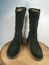 UGG Australia Women's Daphne Boots: Black #1008705  size US 7.5
