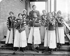 "Photo ca 1919 Vancouver, Canada ""View - Women's Hockey Team"""