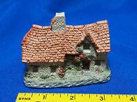 David Winter Sussex Cottage 1982 British Traditions VTG Village GREAT BRITAIN