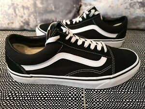 VANS OLD SKOOL TRAINERS MENS SIZE UK8 EUR42 GENUINE