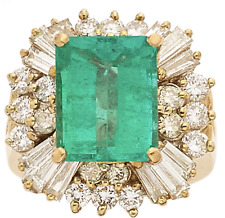 High quality 5 carat Colombian Emerald Gold Ring with Diamonds, Certified!