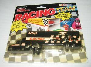 1991 Racing Champions NASCAR Hauler #14 A. J. Foyt Racing