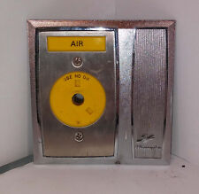 1 USED OHMEDA/OHIO 221-3990-803 AIR DISCONNECT OUTLET !!FREE CD!!