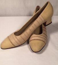 Vintage Salvatore Ferragamo Italy Linen Suede Leather Taupe Shoe 8 1/2 AA EUC