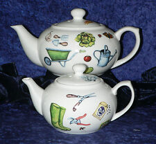 Special Listing for 2006alysonv Dogs 2 Cup Teapot 2 X Cup and Saucer 2 Teaplate