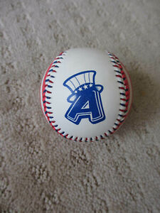Vintage Eastern League Albany Colonie Yankees Souvenir Baseball *