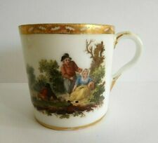 ANTIQUE DUTCH OUDE AMSTEL PORCELAIN COFFEE CAN WITH FIGURES IN A LANDSCAPE