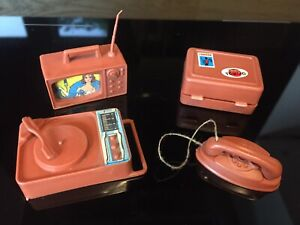 1970s vintage Mattel Barbie doll accessories Busy Hands Case TV Phone Player