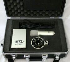 MXL 9000 Tube Condenser Microphone Bundle w/Shock Mount, Power Supply, Case