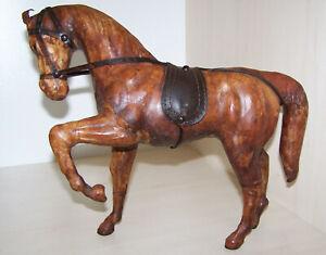 Pferd echt Leder Skulptur Tunesien antik sehr schön alt vintage leather horse