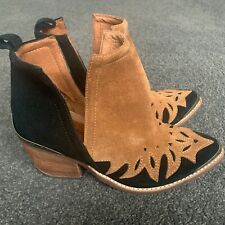 Jeffrey Cambell NEW Unique Leather Cowboy Boots Black Brown Suede 6.5