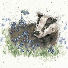 Bothy Threads Hannah Dale Bluebell bois Counted Cross Stitch Kit-XHD31