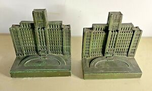 Vintage Bronx Hospital Bookends Donor to the Building Fund