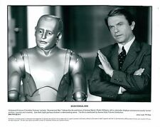 Robin Williams & Sam Neill Bicentennial Man Unsigned Glossy 8x10 Promo Photo (A)