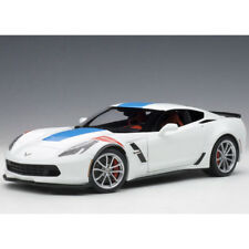 Autoart Chevrolet Corvette Grand Sport 1:18 Arctic White/Blue Stripes/Red 71271